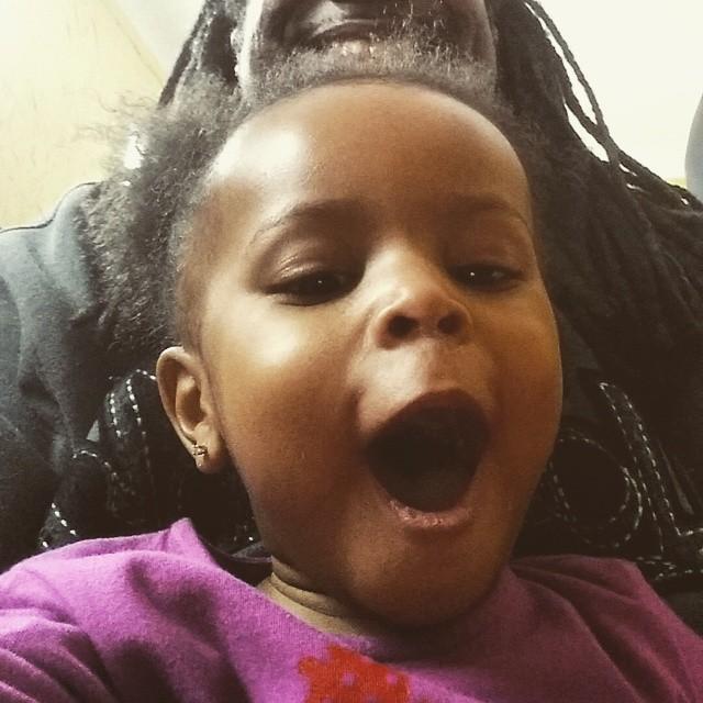 Maya says, HAPPY SATURDAY!!!#OmowonderTwins #mayaomowale