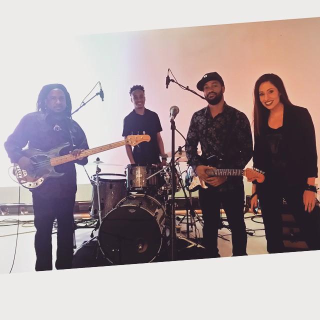 At Fox 2 ready to rock with @phredleybrown, @kalidouglasmusic and @onniemedina.#detroitmusic #earlymorningrock