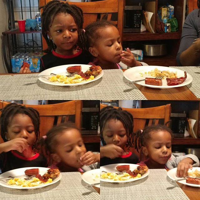 """Breakfast together or """"Why is this person in my seat?"""" #OmoWonderTwins #LoveIsAHotBreakfastWithFamily"""